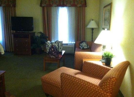 Hampton Inn & Suites Fort Myers-Estero/FGCU: Sitting area