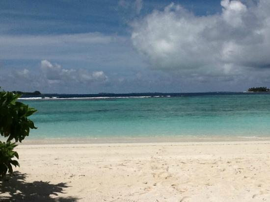 "Six Senses Laamu: Blick aufs Meer vom ""eigenen Garten"" aus"