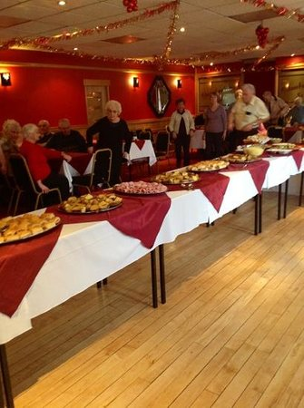 Doric Hotel: buffet lunch