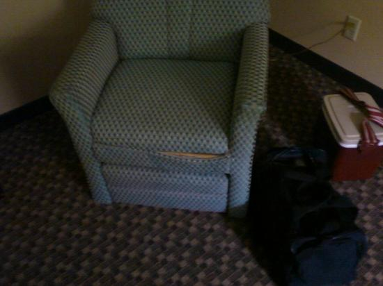 Comfort Inn: The chair in my room needed some TLC.