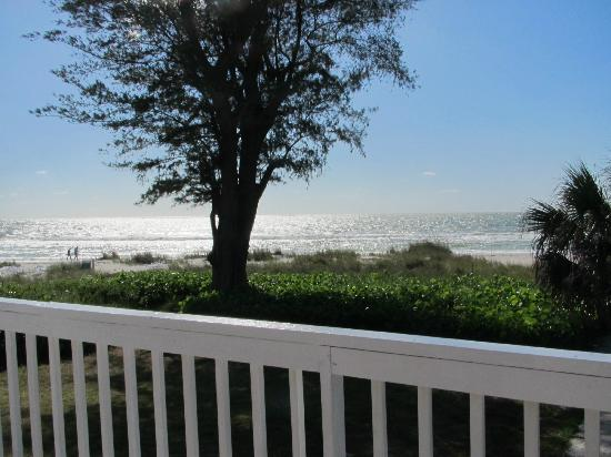 Harrington House Beachfront Bed & Breakfast: Sunset from Dodt 3