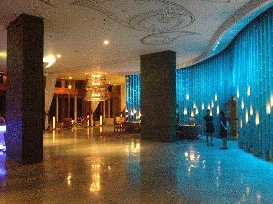 W Bali - Seminyak: Lobby