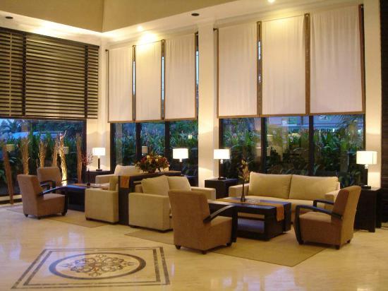 Grand Kecubung Hotel: Lobby Lounge