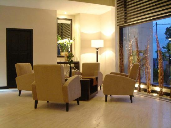 Grand Kecubung Hotel: Lobby Lounge