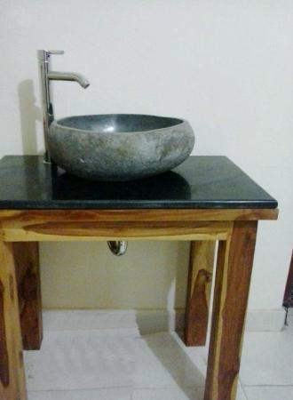 Jangkrik Homestay: Design washtable inside the rooms 1 and 2