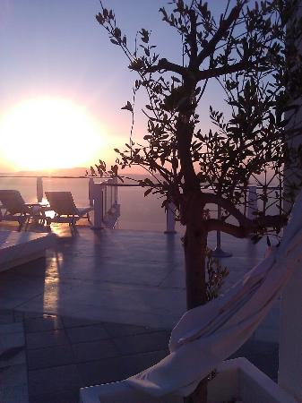 ‪‪Rocabella Santorini Resort & Spa‬: Sunset