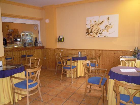 Hostal Moscatel: Sala para desayunos
