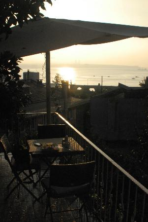 Poem Hotel Istanbul: view from breakfast balcony
