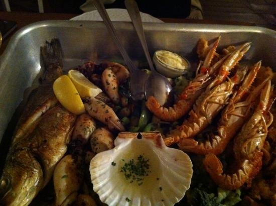Andrea's Home: the seafood platter served in a restaurant recommended by Andrea