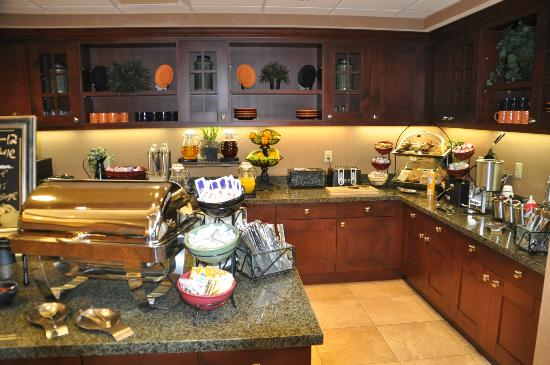 Homewood Suites by Hilton Rock Springs: Lobby