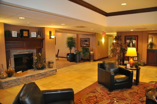 Homewood Suites by Hilton Rock Springs : Lobby