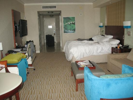 Trump International Beach Resort: room