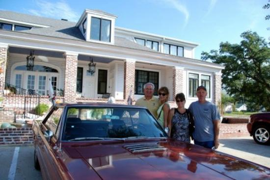 "Chateau Blessey: Best location for ""Cruizin The Coast"""