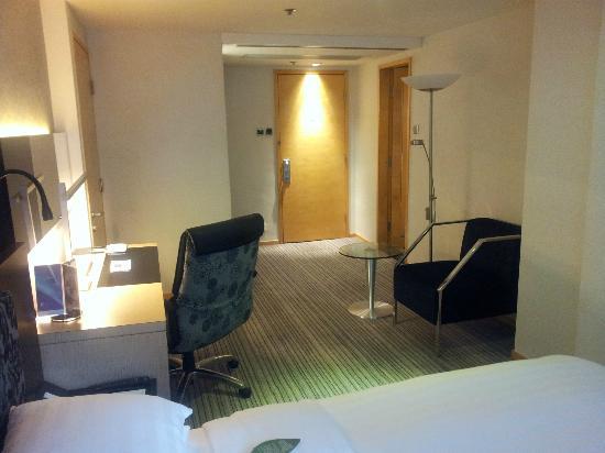 Metropark (Kew Green) Hotel Wanchai Hong Kong: Room