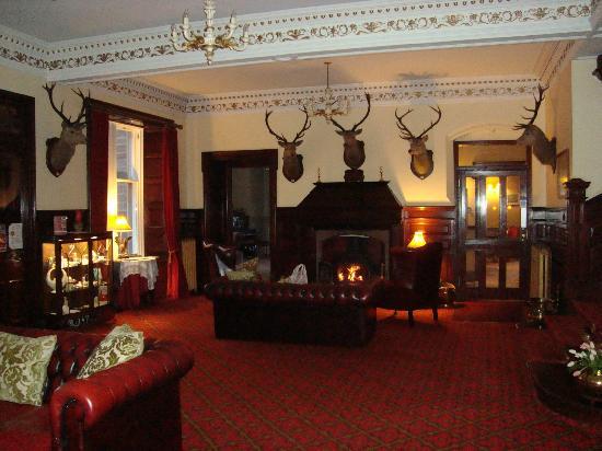 Ledgowan Lodge Hotel: Reception area