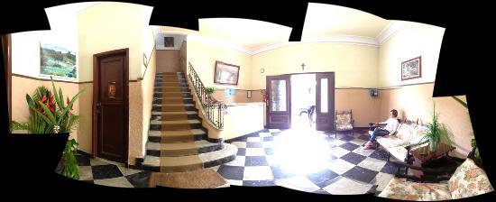 Parque Hotel Morro Azul: recepção - foto em 360o pode parecer um pouco destorcida.