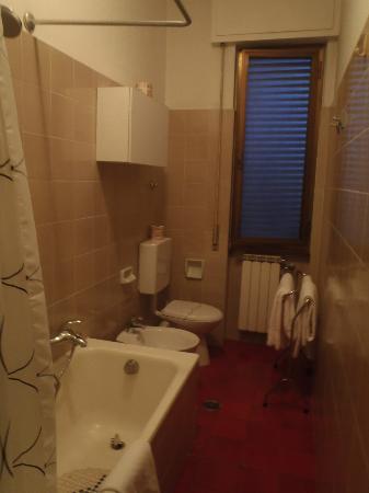 Residence Porta al Prato: Very nice bathroom!