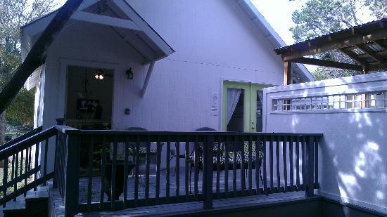 Cypress Creek Cottages: Green Cottage #5