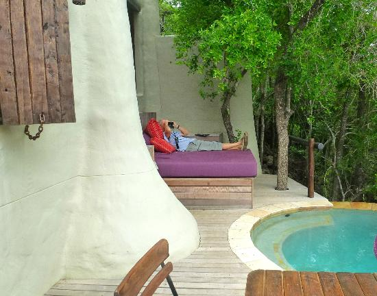 andBeyond Phinda Rock Lodge: Each room has its own pool & porch overlooking lovely views.