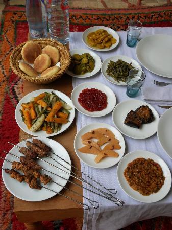 Hotel & Spa Riad Dar Bensouda: Dernier déjeuner avant le départ