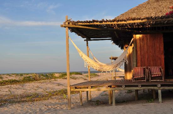 Rancho do Peixe: beach bungalow