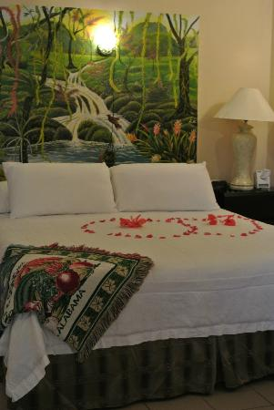Black Orchid Resort: Honeymoon set-up!