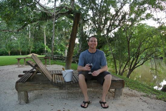 Black Orchid Resort: Sitting right outside our room, by the river