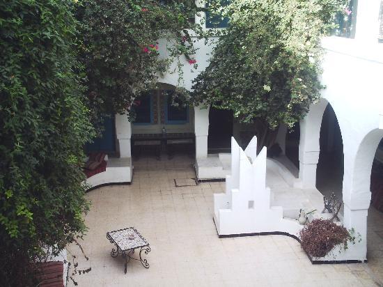 Djerba-Erriadh : le Puit dans la cour intérieure