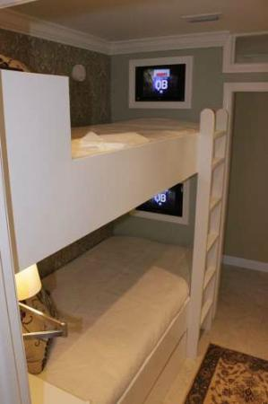 Beach Retreat Condominiums: BUNK BEDS with TVS
