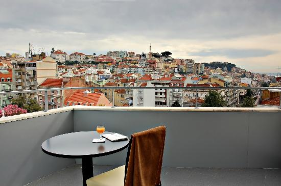 Valverde Hotel Lisbon Reviews
