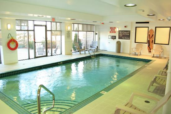 Indoor Swimming Pool Picture Of Hampton Inn Toronto Mississauga West Mississauga Tripadvisor