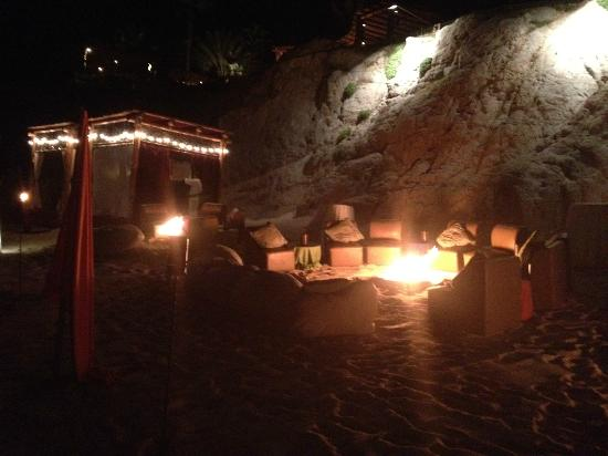 Esperanza - An Auberge Resort: Barefoot beach bar