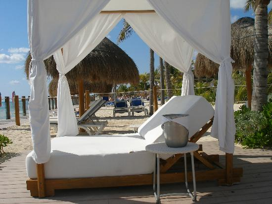 Ocean Maya Royale : upgraded amazing lounge