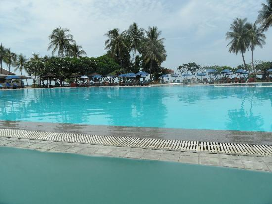 The Regent Cha Am Beach Resort: swimming pool