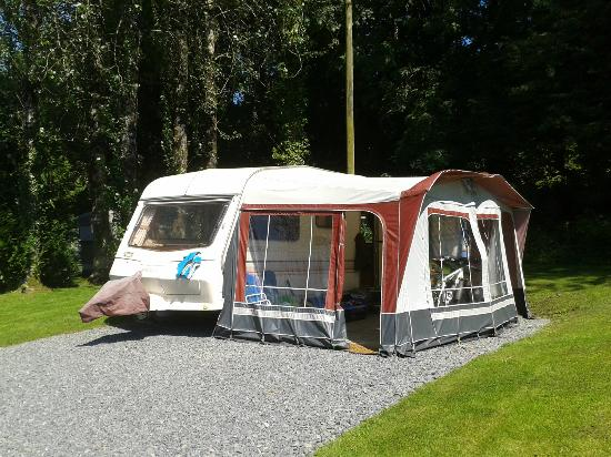 Mill House Caravan Park: Our 'home'!