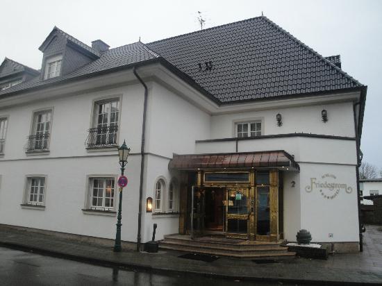 Hotel Schloss Friedestrom: front reception