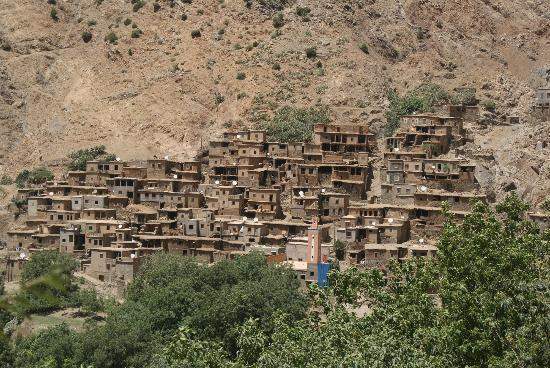 High Atlas Tours - Day Tours: Another way of living