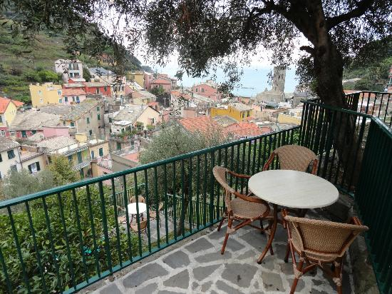 Hotel Villa Steno: A private garden view