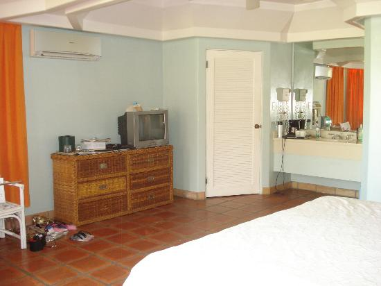 Pineapple Beach Club Antigua: Inside room #127