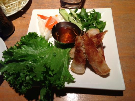 Kin Resto + Bar: Chicken Spring Rolls