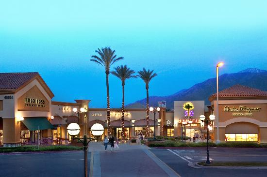 Desert Hills Premium Outlets (Cabazon) - 2018 All You Need to Know ...