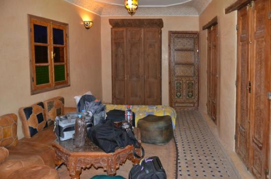 Riad Layalina Fez: living room