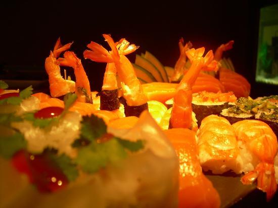 """Umi Sushi & Cuisine : """"new style sushi"""""""