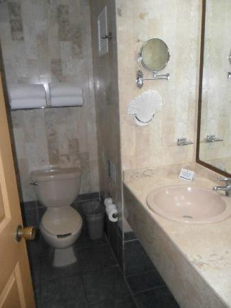 Marival Resort & Suites: La belle salle de bain
