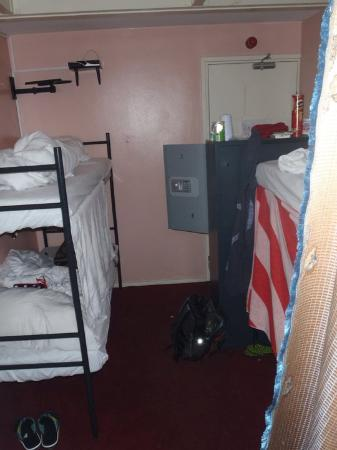 Solo Hostel: 4 person room