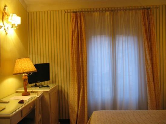 هوتل بورتا سان مامولو: Bedroom 
