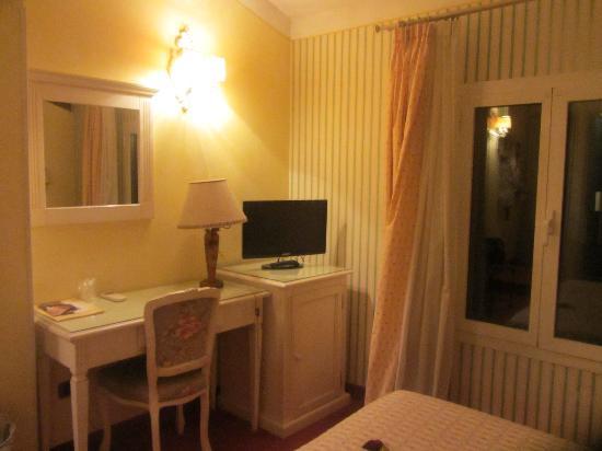 Hotel Porta San Mamolo: Room 410 - so quaint and adorable!