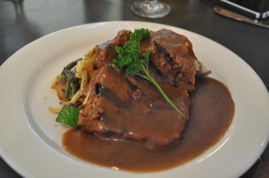 Gateway Grille: Meat loaf