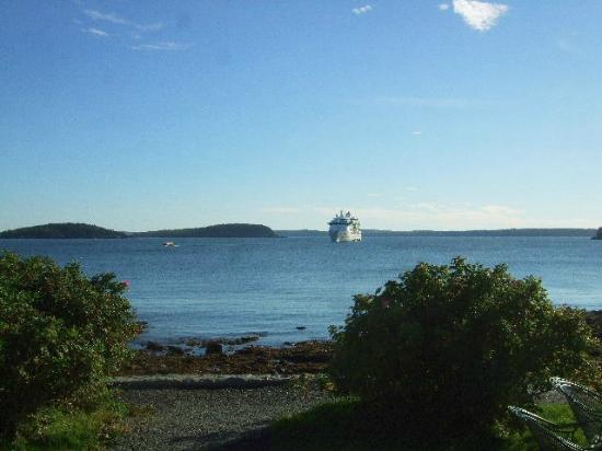 Bar Harbor Inn: View From Rm. 501 OF Lodge
