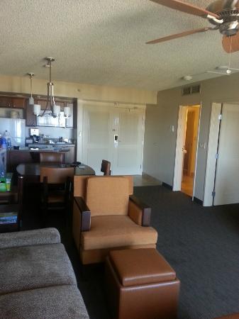 Ka'anapali Beach Club: Living Room Area